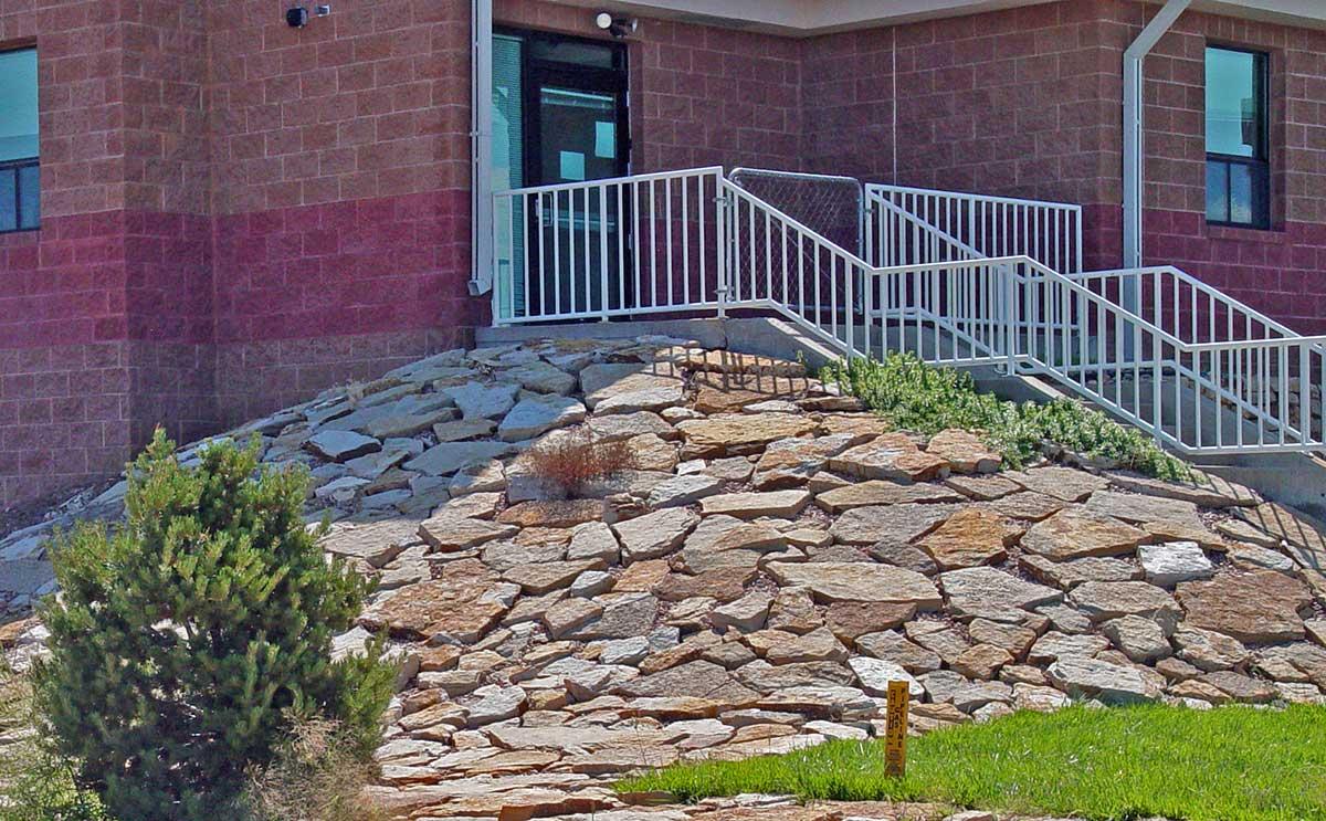 Siloam stone rip rap colorado quarry denver vail for Landscape design and installation